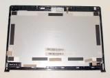 Náhradní díly na opravu notebooku a netbooku