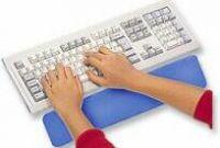 PremiumCord Předložka před klávesnici, modrá, textilní, měkčená guma, výška 15mm